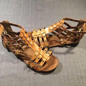 8a80bba44560 Women s Sandals - Size 6